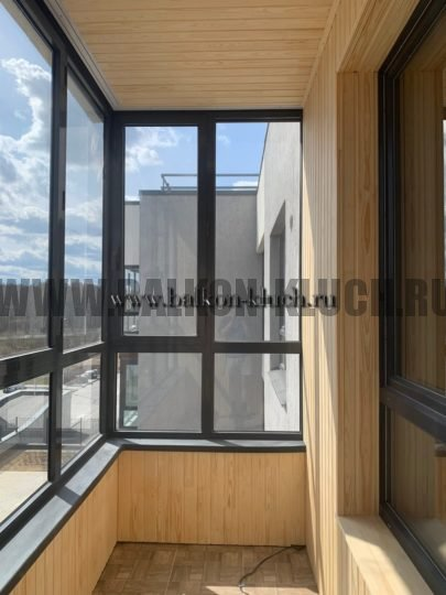 отделка балкона